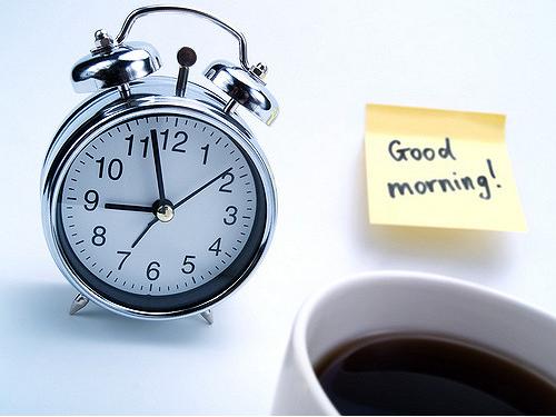 kawa i budzik